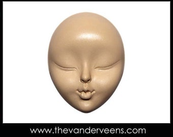 Mold No.141 (Face-Kissing with closed Bigger eyes) by Veronica