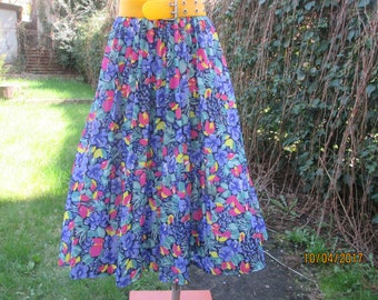 Pleated Skirt / Pleated Skirts / Accordion Skirt / Skirt Size EUR38 / 40 / UK10 / 12 / Floral / Elastic Waist