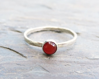 Hammered Carnelian Stacking Ring in Sterling Silver - Natural Stone Stacker - 4mm Round Carnelian Cabochon