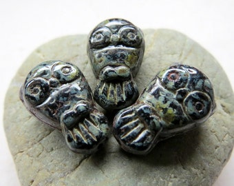 NEW NIGHT OWLZ. Czech Picasso Glass Beads . 18 mm (6 beads)