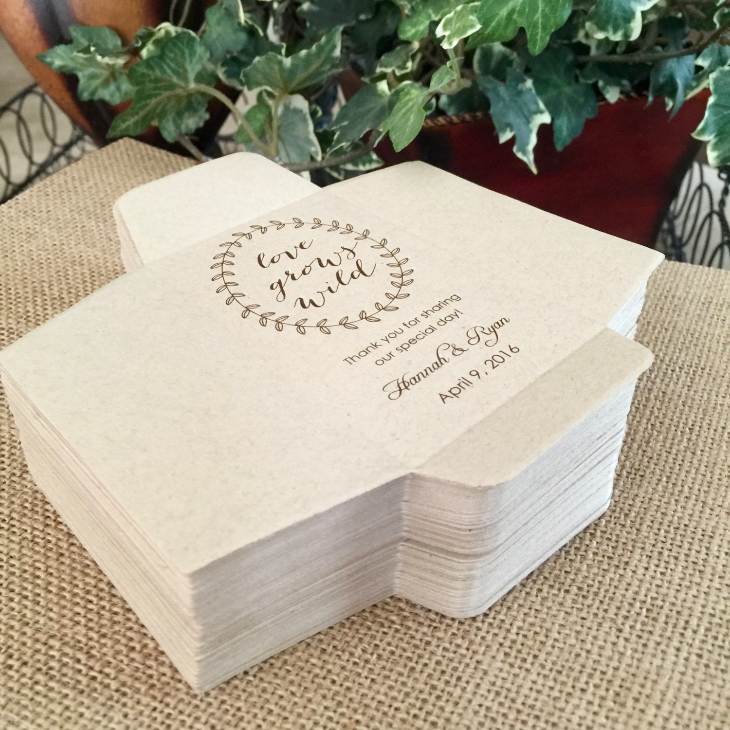 wedding favor seed packets - Wedding Decor Ideas