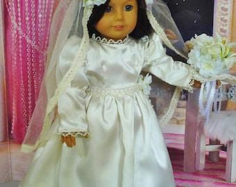 Vintage robe de mariée avec des Roses et de Lys - s'adapte à American Girl poupées