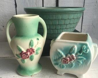 Vintage Pottery - USA McCoy - Vase Mini Vase - Floral Matte - Green