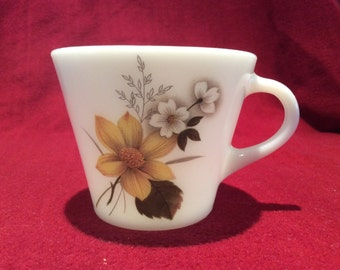 Pyrex JAJ Autumn Glory Dahlia Tea Cup