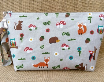 Woodland animals project bag