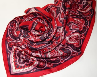 Retro scarf of red-pink color, made in Japan, Japanese scarf, shawl | 50*51 cm
