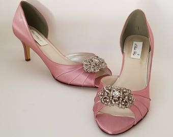 Dusty Rose Bridal Shoes Dusty Rose Wedding Shoes with Vintage Style Brooch or PICK FROM 100 COLORS Dusty Rose Bridesmaid Shoes