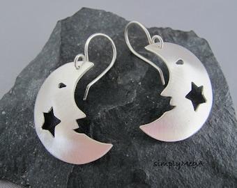 Silouette argent souriant lune et étoile pendantes boucles d'oreilles-prêt à expédier