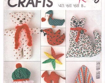 McCall's Crafts Pattern P900 / 2082 - Christmas Ornaments