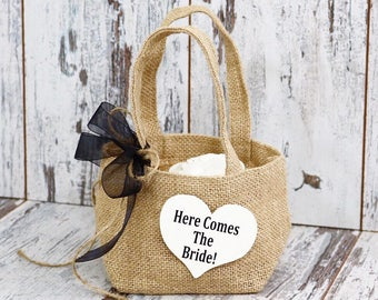 Small Burlap Here Comes The Bride Flower Girl Basket, Flower Girl Wedding Basket, Flower Girl Basket, Daddy Here Comes Mommy
