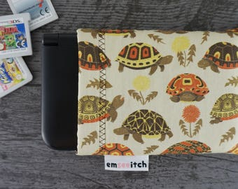 Tubby Tortoises Cute Grumpy Tortoise Patterned Nintendo 3DS / 3DS XL / New 3DS / New 3DS XL / New 2DS XL Protective Fabric Pouch Case