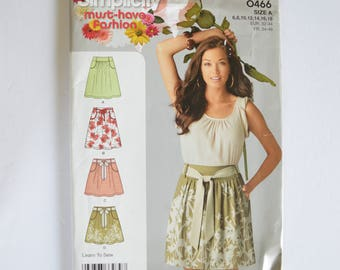 2000s UNCUT Simplicity Sewing Pattern 0466 Womens Skirt, Knee or Above Knee Length, Waist Gathers & Tie Belt Size 6,8,10,12,14,16,18