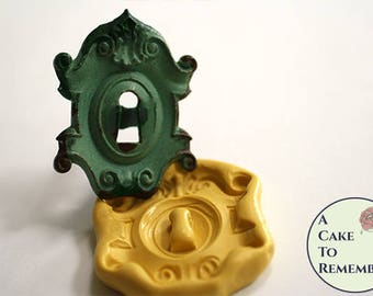 """Large vintage lockplate keyhole silicone mold, 2.5"""" tall. Alice in Wonderland cake decorations, architectural detail mold. M5185"""