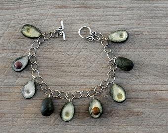 """""""Avocado"""" polimere polymer clay bracelet"""