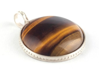 Tiger eye pendant, Brown pendant, Oval Gemstone pendant, Silver pendant, Tiger eye jewelry, Tiger's eye pendant, Taurus stone, Leo stone
