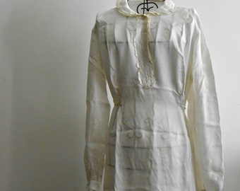 ON SALE-20% off  white nightgown vintage, pure silk, long sleeves,  original 50s