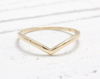 Solid Gold V Chevron Band Ring