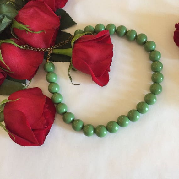 Bakelite Choker | beaded mid century retro mod 50s 60s womens aqua turquoise green sphere ball round bead short necklace