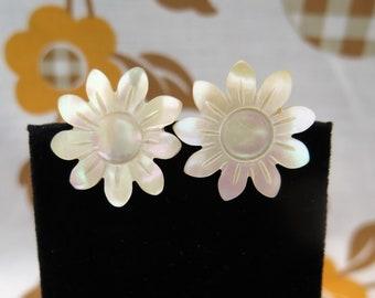 Vintage Mother Of Pearl Flower Clip On Earrings