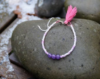 Bracelet decorated with a Pompom