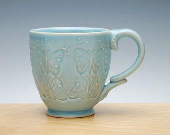 Butterfly mug in Frost