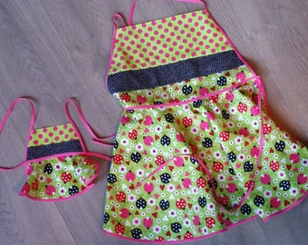 Matching girl and 18 inch doll aprons (made to fit like American Girl doll)