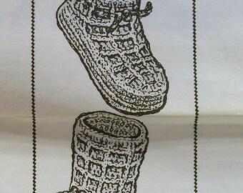 Vintage Crochet  Child's Bootie PDF pattern Design 7439