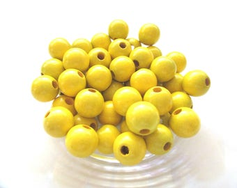 50 wooden pacifier clip 8mm - yellow beads