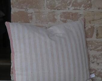 Kissen aus antiken Küchen-Leinen: Streifen in rot / natur 45*40cm