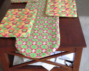 Melons and fruit table runner and placemats