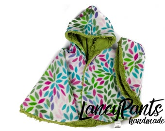 Size 2 greenery floral minky fleece car seat poncho - made to order - winter kids children's poncho -infant poncho - 12-24 months