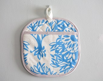 blue floral Oven mitt potholder kitchenware under50