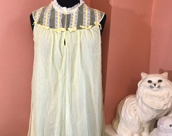 Vintage Nightgown, 60s Nightgown, Yellow Sheer Nightgown by Aristocrat, Nighty, Babydoll, Peignoir (B919)