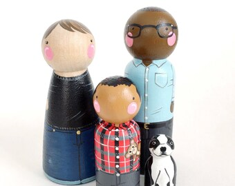 CUSTOM peg doll family of 4 // 2 parents and 2 kids/pets / personalized peg dolls / modern doll house / custom family portrait / wooden toys