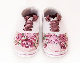 """Ladies Sneakers with Decoupage """"Soft Roses"""",Decoupage Sneakers, Custom Shoes, Casual, Flowers, Vintage Style"""