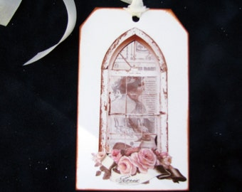 Victorian Cathedral Window Tags