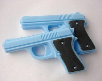 BANG BANG Set of 2 mini pistol soaps - Blue
