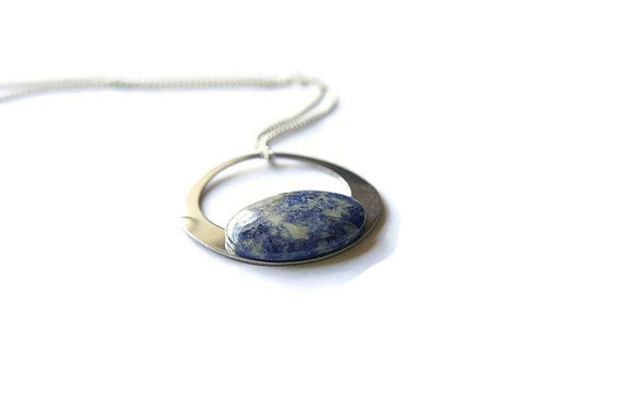 Sodalite Pendant, Sodalite Necklace, 925 Sterling Silver Chain, Sodalite Stone, Healing, Spiritual Stone, Meditation, Crystal healing, Reiki