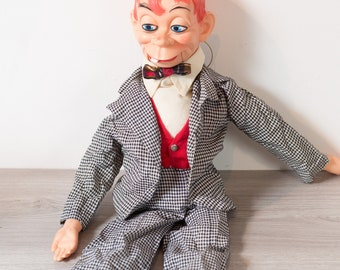 Vintage Ventriloquist Doll - Red Headed Hand Puppet - Mortimer Snerd Ventriloquist Doll from the 1960s - Mouth Works