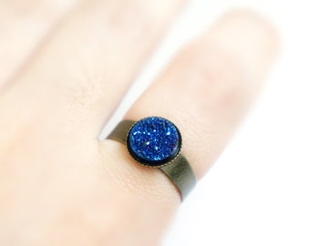 10% Off SALE Natural Agate Titanium Druzy Cabochon on Antiqued Brass Ring - Sparkle Royal Blue - Size adjustable - Bridesmaids Gift Ideas