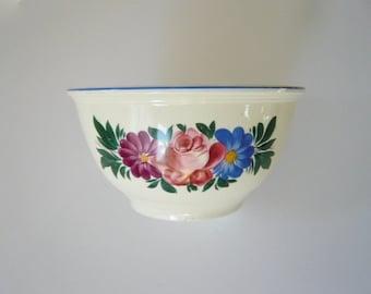 Kitchen Kraft Oven Serve Mixing Bowl by Homer Laughlin Floral Design