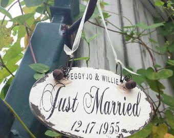 Personalized JUST MARRIED ORNAMENT   Newlywed Ornament   Personalized Ornament   Shabby Chic Christmas Ornament   Custom Ornament   Rustic
