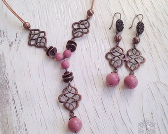 Rhodonite earrings and necklace.