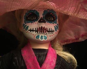 Porcelain doll- dia de los Muertos