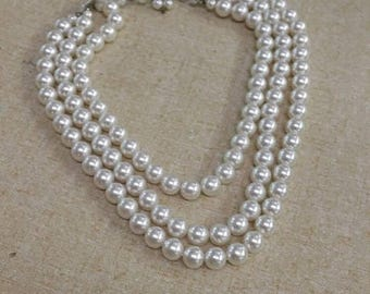 On Sale Collectible Bling Faux Pearl Multi Strand 18  inch  Necklace Silver Toned Fashion Accessory Costume Jewelry