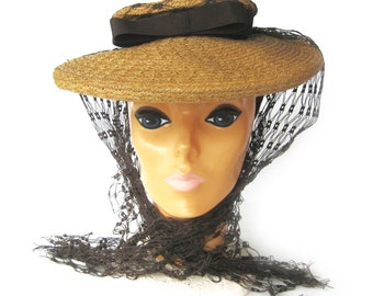 """1940s """"New Look"""" Natural Straw and Brown and Cartwheel Hat / Platter Hat with Bow and Netting / Louchez of California Creation / Size 22.5"""