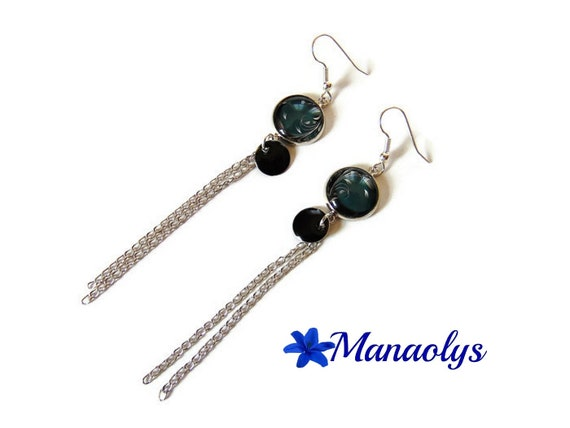 Earrings arabesques, leaves on black background, sequins, silver chains 3264