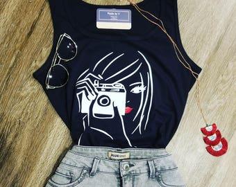 camera girl T-shirt black slevless