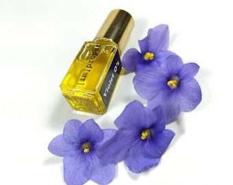 Botanical Fragrance Violet Natural Perfume Oil // Violet O's Handmade