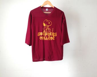 vintage FOOTBALL college Snoopy COOL peanuts and the gang t-shirt STEPHEN'S college
